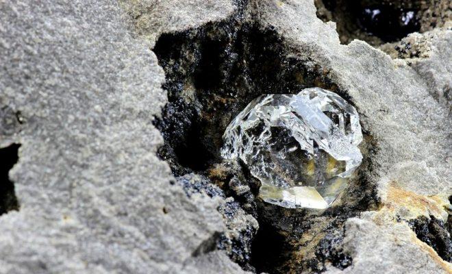 ダイヤの原石